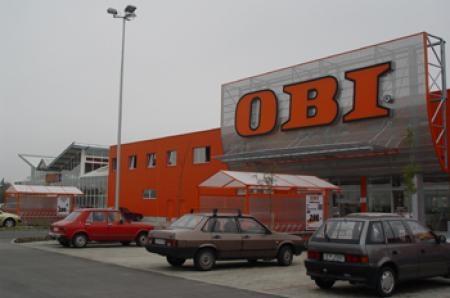 Obi nyitvatartás dunaújváros